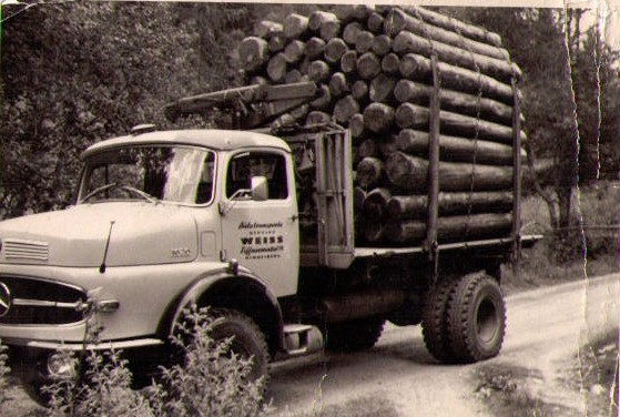 Holztransporte_WeissTrans1